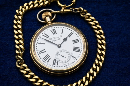 clock-597435_1920