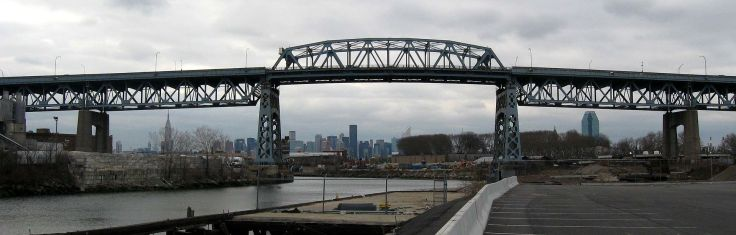 1920px-kosciusko_bridge_from_up_newtown_creek_jeh